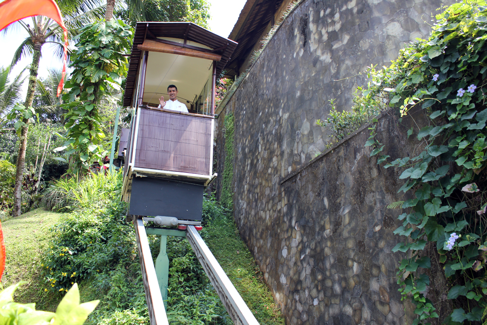 Review Ubud Hanging Gardens Hotel Few vs Many Few vs Many